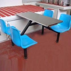 四人连体铁支架靠背餐桌椅